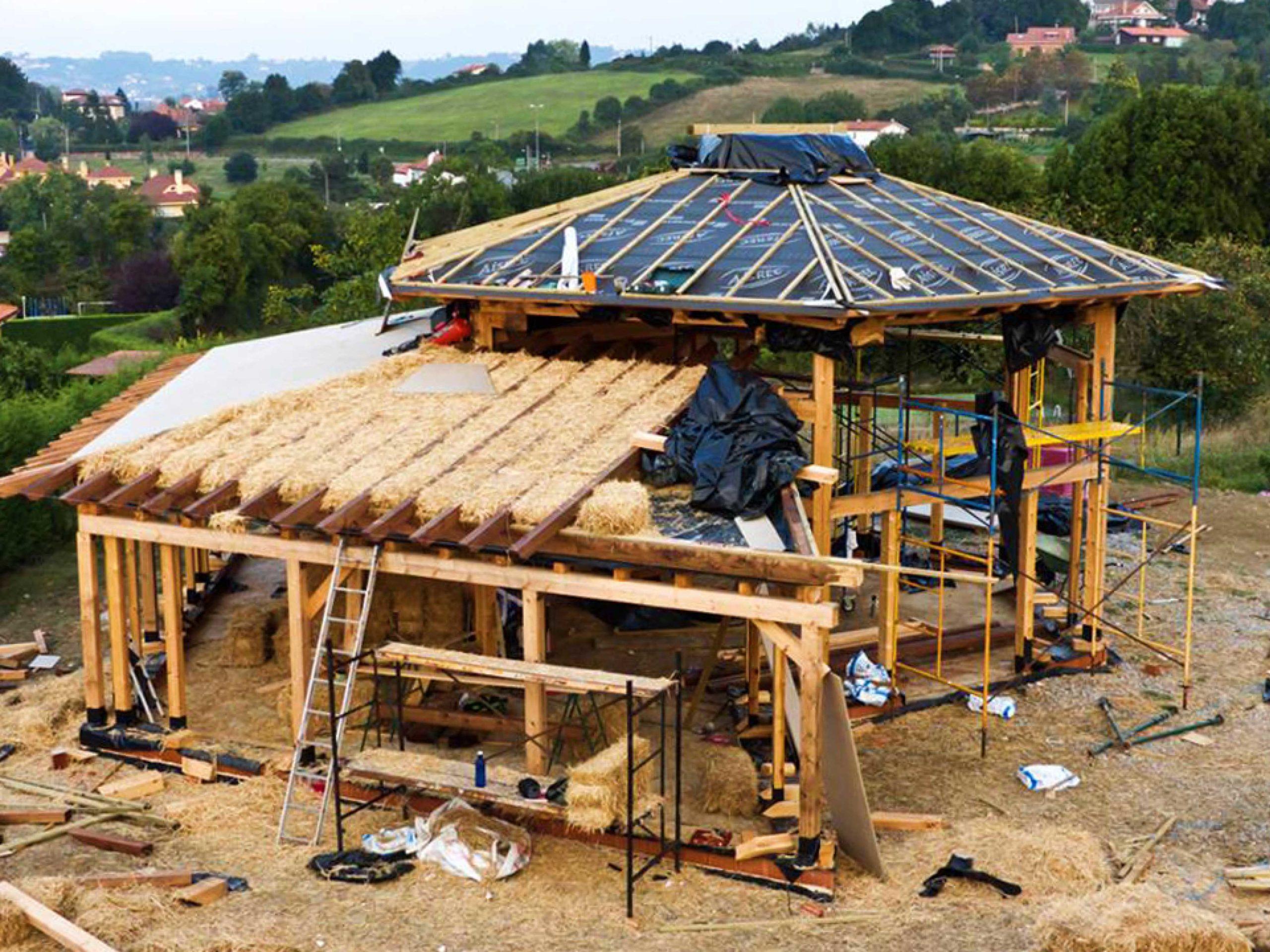 Bioconstrucción de vivienda con paja