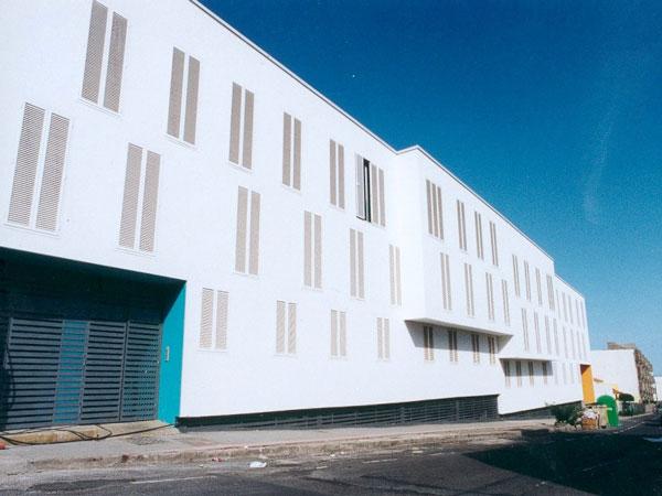 Edificio de vivienda colectiva bioclimática